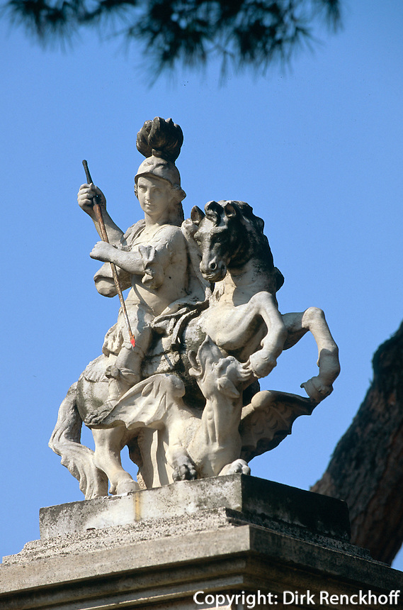 Italien, Ischia, St.Georg-Denkmal in Testaccio bei Barano