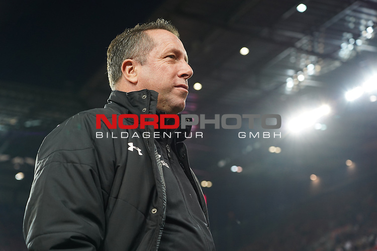 08.02.2019, RheinEnergieStadion, Koeln, GER, 2. FBL, 1.FC Koeln vs. FC St. Pauli,<br />  <br /> DFL regulations prohibit any use of photographs as image sequences and/or quasi-video<br /> <br /> im Bild / picture shows: <br /> Trainer / Headcoach Markus Kauczinski (St. Pauli), <br /> <br /> Foto &copy; nordphoto / Meuter
