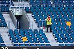 Solna 2014-05-05 Fotboll Allsvenskan AIK - Helsingborgs IF :  <br /> Publikv&auml;rd bland tomma stolar p&aring; l&auml;ktare i Friends Arena under matchen mellan AIK och Helsingborg<br /> (Foto: Kenta J&ouml;nsson) Nyckelord:  Friends Arena AIK Gnaget HeIF HIF Helsingborg supporter fans publik supporters inomhus interi&ouml;r interior