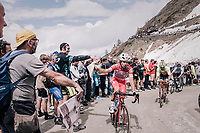 up the gravel roads of the Colle delle Finestre <br /> <br /> stage 19: Venaria Reale - Bardonecchia (184km)<br /> 101th Giro d'Italia 2018