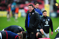 Bath Rugby Head Coach Mike Ford speaks to his players during the pre-match warm-up. Aviva Premiership match, between Gloucester Rugby and Bath Rugby on March 26, 2016 at Kingsholm Stadium in Gloucester, England. Photo by: Patrick Khachfe / Onside Images
