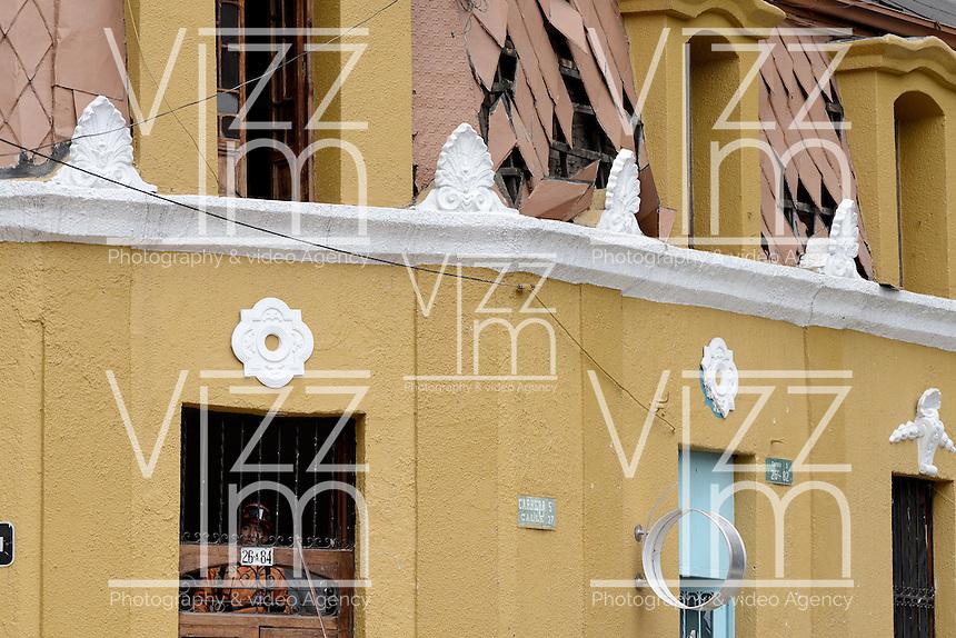 BOGOTÁ -COLOMBIA. 19-02-2017: Un petardo de mediano poder explotó en el centro de Bogotá, Colombia, hoy 19 de febrero de 2017, en la cra 5 con calle 27 muy cerca de la Plaza de Toros la Santamaría. / A medium-sized firecracker exploded in the center of Bogota, Colombia, on February 19, 2017, in the 5th street of 27th Street, very close to the Plaza de Toros de la Santamaria. Photo: VizzorImage/ Gabriel Aponte / Staff