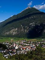 Blick vom  Wetterkreuz auf Imst und Tschirgant, Tirol, &Ouml;sterreich, Europa<br /> View from Weather cross on Imst and Tschirgant, Tyrol, Austria, Europe