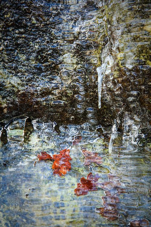 Istappar vid klippvägg  Klövberget Brevikshalvön Tyresö