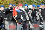 FUDBAL, BEOGRAD, 23. Oct. 2010. - Veliko obezbedjenje. Utakmica 9. kola Jelen Superlige Srbije (2010/2011) izmedju Crvene zvezde i Partizana - 139. 'veciti derbi'. Foto: Nenad Negovanovic