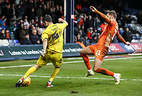 Fleetwood Town's Jason Holt crosses under pressure from Luton Town's Andrew&nbsp;Shinnie<br /> <br /> Photographer Andrew Kearns/CameraSport<br /> <br /> The EFL Sky Bet League One - Luton Town v Fleetwood Town - Saturday 8th December 2018 - Kenilworth Road - Luton<br /> <br /> World Copyright &copy; 2018 CameraSport. All rights reserved. 43 Linden Ave. Countesthorpe. Leicester. England. LE8 5PG - Tel: +44 (0) 116 277 4147 - admin@camerasport.com - www.camerasport.com