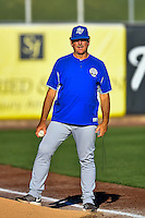 Las Vegas 51s pitching coach Frank Viola (16) before the game against the Salt Lake Bees in Pacific Coast League action at Smith's Ballpark on June 19, 2016 in Salt Lake City, Utah. The 51s defeated the Bees 8-1. (Stephen Smith/Four Seam Images)