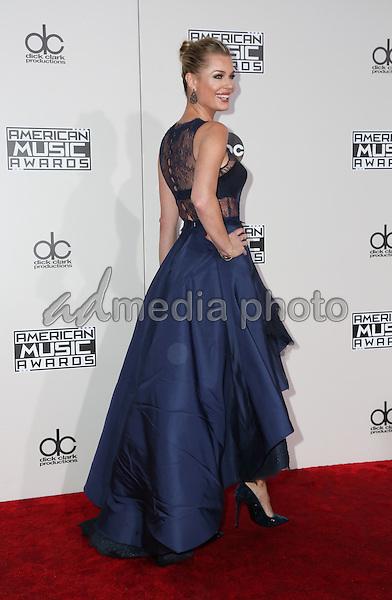 20 November 2016 - Los Angeles, California -Rebecca Romijn. 2016 American Music Awards held at Microsoft Theater. Photo Credit: PMA/AdMedia