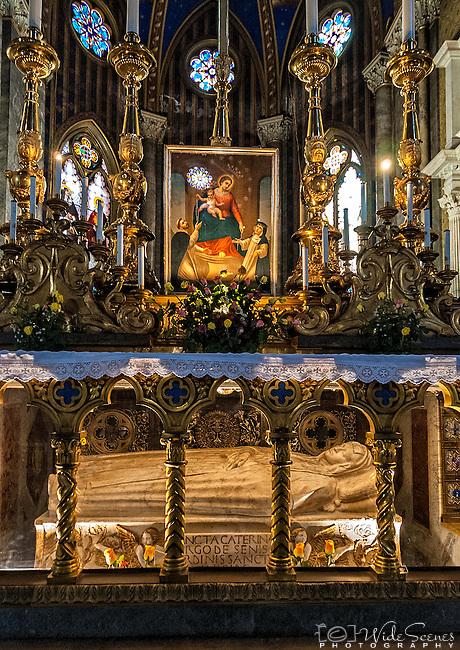 The high altar inside the Santa Maria sopra Minerva basilica in Rome, Italy.