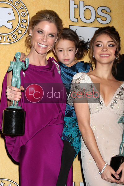 Julie Bowen, Aubrey Anderson-Emmons, Sarah Hyland<br />