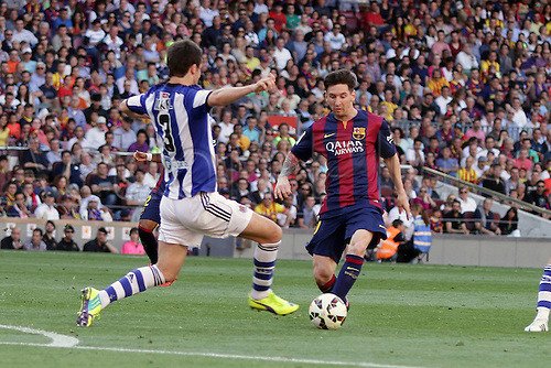 09.05.2015. Nou Camp, Barcelona, Spain. Spanish La Lig football. Barcelona versus Real Sociedad. Messi challenged by Mikel
