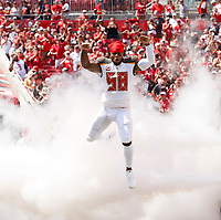 TAMPA, FL - SEPTEMBER 17: Linebacker Kwon Alexander #58 of the Tampa Bay Buccaneers during introductions of the game against the Chicago Bears at Raymond James Stadium on September 17, 2017, in Tampa, Florida. The Buccaneers won 29-7. (photo by Matt May/Tampa Bay Buccaneers)