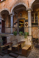 Italy, Piedmont, Cannobio: picturesque small town with historical old town, café - bar | Italien, Piemont, Cannobio: malerisches Staedtchen mit historischem Altstadtkern, Cafè-Bar