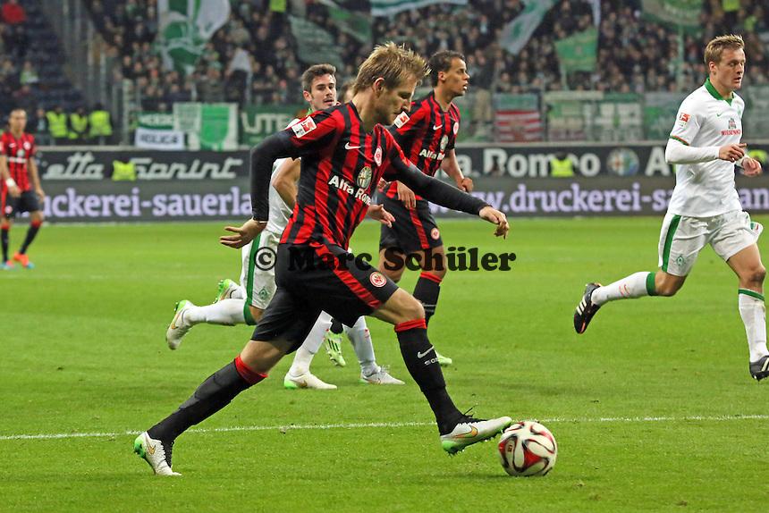 Stefan Aigner (EIntracht) bereitet das 3:1 vor - Eintracht Frankfurt vs. SV Werder Bremen, Commerzbank Arena