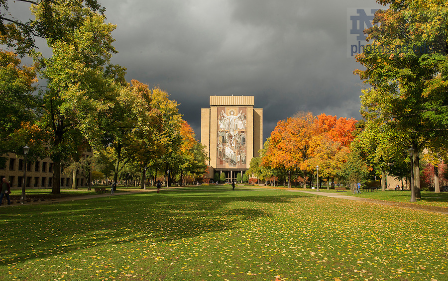 Oct. 14, 2014; Hesburgh Library (Photo by Barbara Johnston/University of Notre Dame)