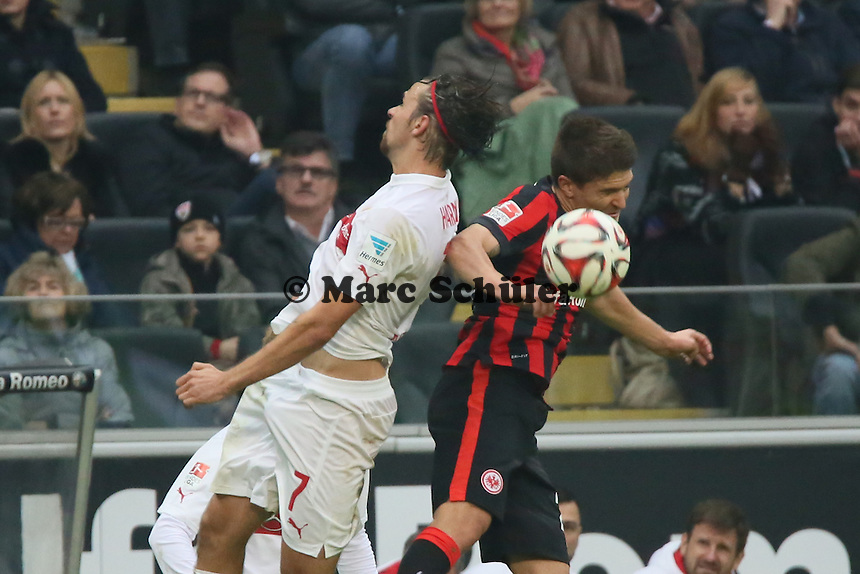 Martin Harnik (VfB) gegen Aleksandar Ignjovski (Eintracht)  - Eintracht Frankfurt vs. VfB Stuttgart, Commerzbank Arena