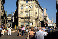Milano, centro storico, piazza Cordusio --- Milan, downtown, Cordusio square