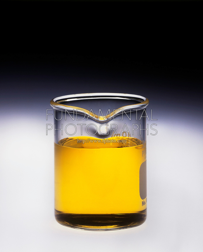 CHROMATE &amp; DICHROMATE IONS<br /> Beaker of Sodium Chromate<br /> 1 of 2<br /> Na2CrO4(aq) shows yellow CrO4 2- ion.