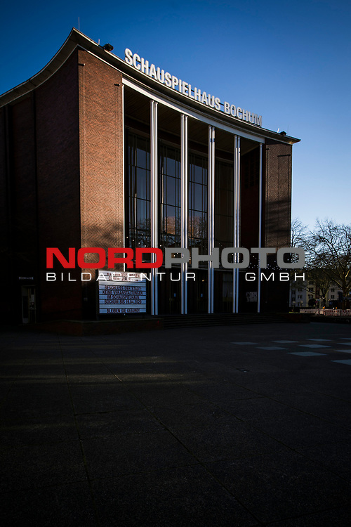 22.03.20, Bochum, Schauspielhaus<br /> <br /> im Bild | picture shows:<br /> <br /> Wie so viele andere Kultureinrichtungen bleibt das Bochumer Schauspielhaus vorerst geschlossen,  <br /> <br /> Foto © nordphoto / Rauch