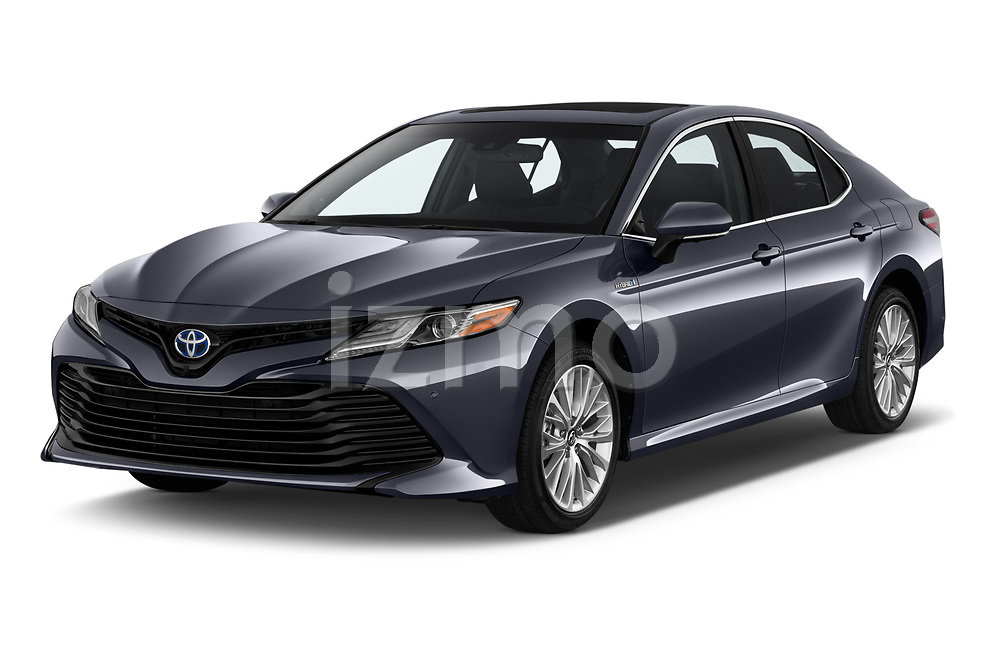 2019 Toyota Camry XLE Hybrid 4 Door Sedan angular front stock photos of front three quarter view