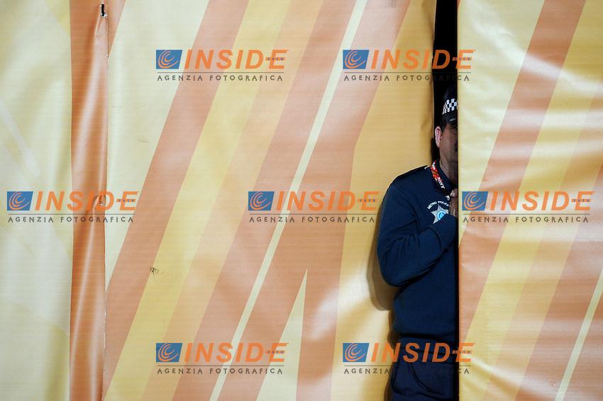 Un poliziotto a bordo campo<br /> Germania Spagna 0-1 - Germany vs Spain 0-1<br /> Semifinale - Semifinal<br /> Campionati del Mondo di Calcio Sudafrica 2010 - World Cup South Africa 2010<br /> Moses Mabhida Stadium, Durban 07/07/2010<br /> &copy; Giorgio Perottino / Insidefoto