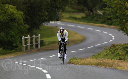 10 JUN 2011 - BRANSGORE, GBR - Nick Thomas - Triple Enduroman race - Enduroman Ultra Triathlon Championships .(PHOTO (C) NIGEL FARROW)