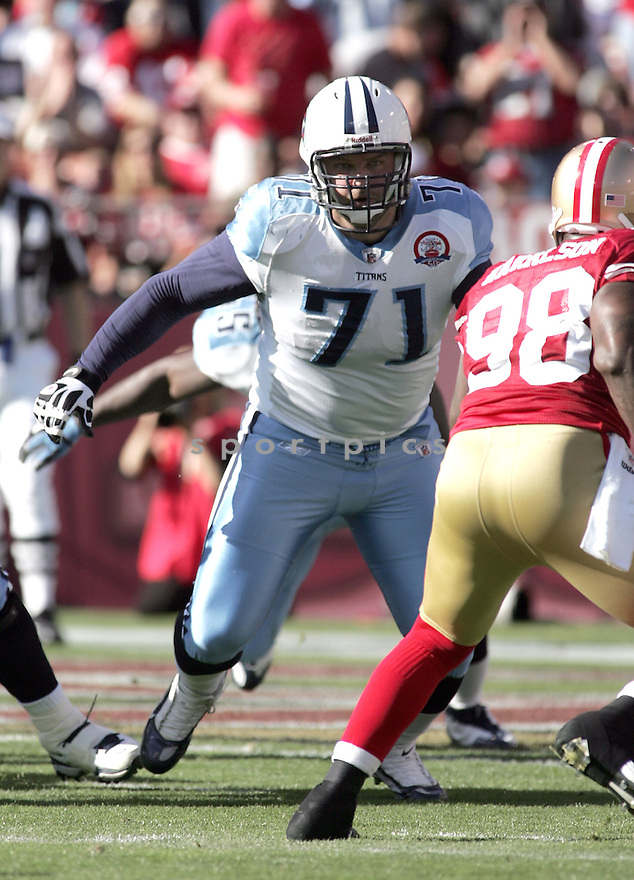 MICHAEL ROOS, of the Tennessee Titans  in action  during the Titans game against the San Francisco 49ers  on November 8, 2009 in San Francisco, CA...The Titans beat the 49ers  34-27