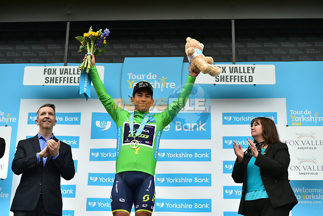Caleb Ewan (AUS) Orica-Scott wins the points green jersey at the end of Stage 3 of the Tour de Yorkshire 2017 running 194.5km from Bradford/Fox Valley to Sheffield, England. 30th April 2017. <br /> Picture: ASO/P.Ballet | Cyclefile<br /> <br /> <br /> All photos usage must carry mandatory copyright credit (&copy; Cyclefile | ASO/P.Ballet)