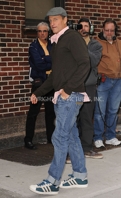WWW.ACEPIXS.COM . . . . . ....October 1 2009, New York City....Actor Woody Harrelson made an appearance at the 'Late Show with David Letterman' on October 1 2009 in New York City....Please byline: KRISTIN CALLAHAN - ACEPIXS.COM.. . . . . . ..Ace Pictures, Inc:  ..(212) 243-8787 or (646) 679 0430..e-mail: picturedesk@acepixs.com..web: http://www.acepixs.com
