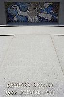 Europe/France/Normandie/Haute-Normandie/76/Seine-Maritime/ Varengeville-sur-Mer: la tombe du peintre Georges Braque au cimetière Marin