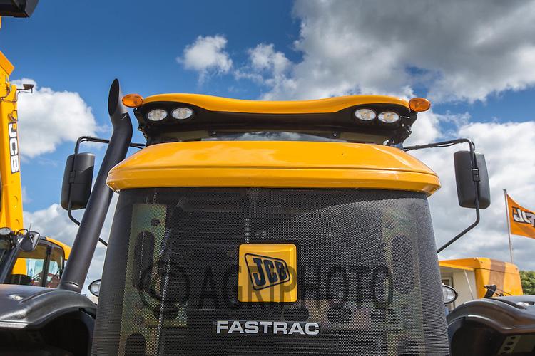 JCB Fastrac logo<br /> Picture Tim Scrivener 07850 303986