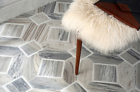 Almeria, a stone hand cut mosaic, shown in Horizon Dark venetian honed and Afyon White polished. Almeria, a stone hand-cut mosaic, shown in Venetian honed Horizon Dark and polished Afyon White, is part of The Studio Line of Ready to Ship mosaics. Designed by Paul Schatz for New Ravenna.<br />