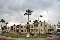 fachada del edificio de rectoría de la Universidad de Sonora. (foto: Luis Gutierrez)