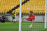 Melbourne Victory&rsquo;s Lawrence Thomas in action during the A League - Wellington Phoenix v Melbourne Victory FC at Westpac Stadium, Wellington, New Zealand on Wednesday 10 January 2018. <br /> Photo by Masanori Udagawa. <br /> www.photowellington.photoshelter.com