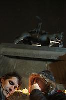 CZECH REPUBLIC, Prague, 2011/12/18..Czechs are gathering at the statue of St Wenceslas on Wenceslas Square to mourn the loss of Václav Havel. In Prague. Vaclav Havel, the Czech Republic's first president after the Velvet Revolution against communist rule, has died at the age of 75. .Les Tchèques se rassemblent autour de la statue de Saint Venceslas dans le centre de Prague après la disparition de Vaclav Havel. Vaclav Havel, le premier président après la Révolution de Veloure est mort à l'age de 75 ans..© Vaclav Vasku / Est&Ost Photography