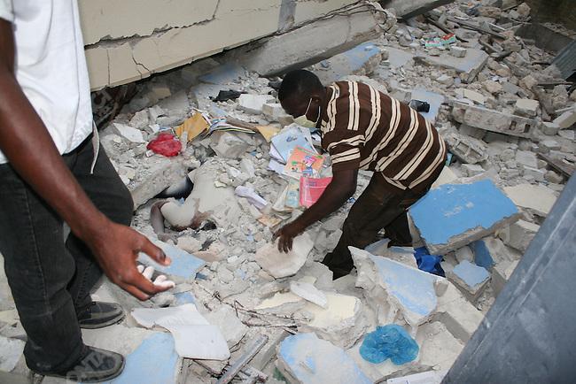 Aftermath of earthquake, Port-au-prince, Haiti, January 14, 2010
