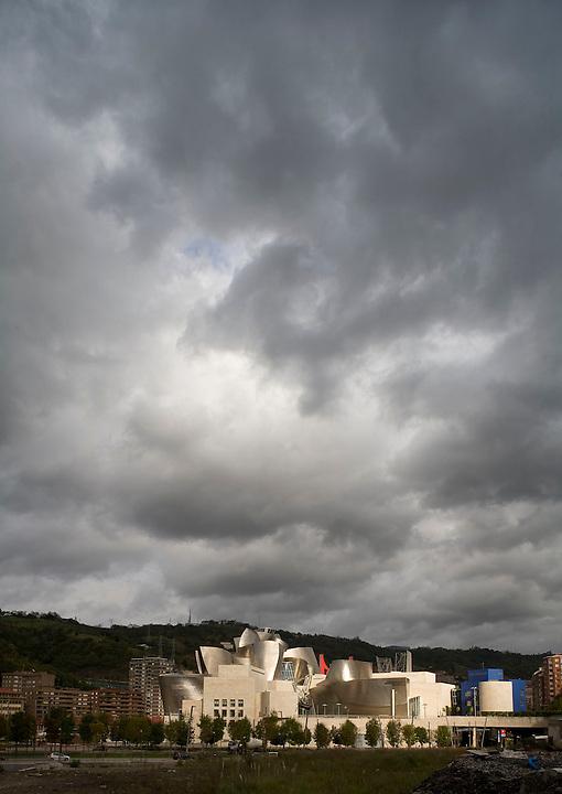 Guggenheim Museum Bilbao Architect Frank Gehry 1997