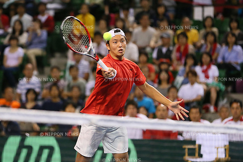 Tatsuma Ito (JPN), SEPTEMBER 14, 2013 - Tennis : Davis Cup 2013 by BNP Paribas World Group Play-off, doubles match between Tatsuma Ito and Yuichi Sugita 0-3 Juan Sebastian Cabal and Robert Farah at Ariake Coliseum, Tokyo, Japan. (Photo by AFLO SPORT) [1156]
