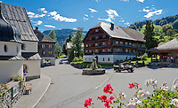 Austria, Vorarlberg, Schwarzenberg: village centre with fountain and listed (landmarked) buildings | Oesterreich, Vorarlberg, Schwarzenberg: Ortskern mit Brunnen und denkmalgeschuetzten Haeusern