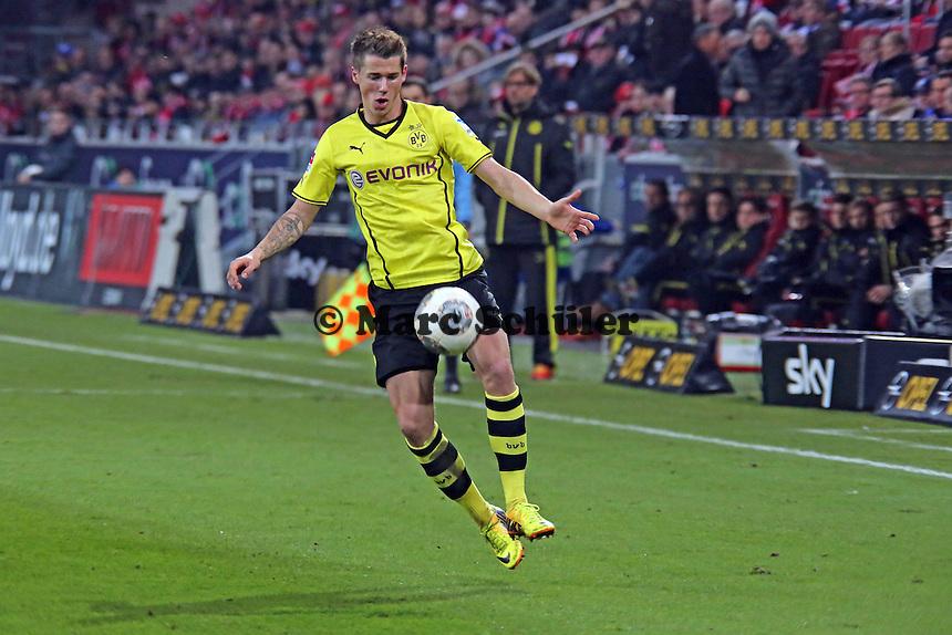 Erik Durm (BVB) - 1. FSV Mainz 05 vs. Borussia Dortmund, Coface Arena, 14. Spieltag