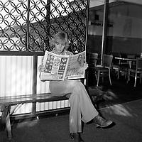Michel Stax<br /> au debut des annes 1970, au club Le Vieux bardeau<br /> ,dans la ville de Quebec.<br /> (date inconnue)<br /> <br /> PHOTO : Agence Quebec Presse - Roland Lachance<br /> <br /> il a fait sensation dans les années 70 et 80 avec les succès Mademoiselle Caroline, Notre amour n'est plus qu'une aventure, Milord, Ma jolie Rose, mais surtout les tubes Oh ma Lili et sa reprise de Just a Gigolo, qui ont fait de lui une vedette populaire.<br /> <br /> <br /> Son premier album éponyme ne connaît qu'un succès local, le second, Entre nous, sera reconnu au Gala de l'ADISQ1. Révélée en France en 1981 avec la chanson Si j'étais un homme qui connaît un certain succès. En 1981, Diane Tell est le phénomène de l'année au Québec. En 1982, elle est la première artiste féminine à connaître un véritable succès populaire en tant qu'auteur compositrice et interprète. Elle s'installe en 1983 en France