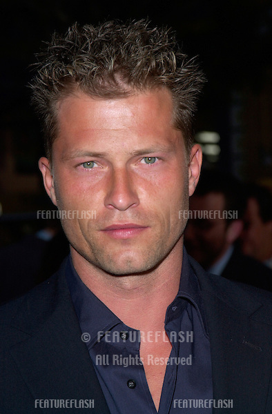 Actor TIL SCHWEIGER at the premiere of his new movie Driven, at Manns Chinese Theatre, Hollywood..16APR2001.   © Paul Smith/Featureflash