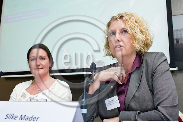 "BRUSSELS  -  BELGIUM  - 29 JUNE 2011 --  IF  and Bayer HealthCare Pharmaceuticals launch event of the report ""Act against Europe's most common birth defects: one year on"" at Radisson Blu EU Hotel. -- Panel discussion (from left) Rhonda Curran, EUROCAT funded Project Manager and Silke Mader, Chairwoman of the European Foundation for the Care of Newborn Infants (EFCNI). --  PHOTO: Juha ROININEN /  EUP-IMAGES"