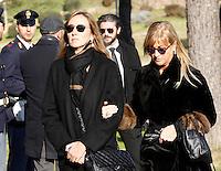Stefania Prestigiacomo  partecipa ai funerali  di  Pino Daniele al santuario del divino amore di Roma