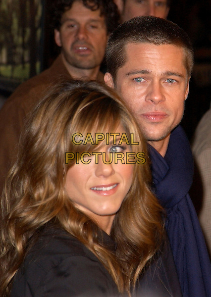 JENNIFER ANISTON & BRAD PITT.Universal Pictures World Premiere of Along Came Polly held at the Grauman's Chinese Theater .*UK Sales Only*.12 January 2004.www.capitalpictures.com.sales@capitalpictures.com.©Capital Pictures.