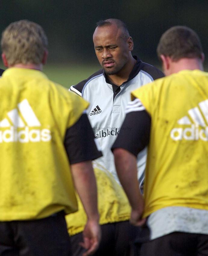 Photo. Richard Lane.New Zealand All Blacks training at the Athletic Ground, Richmond. 4-11-2002.Jonah Lomu