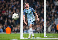 Kevin De Bruyne of Manchester City reaction after a missed opportunity during the UEFA Champions League match between Manchester City and Barcelona at the Etihad Stadium, Manchester, England on 1 November 2016. Photo by Andy Rowland / PRiME Media Images.