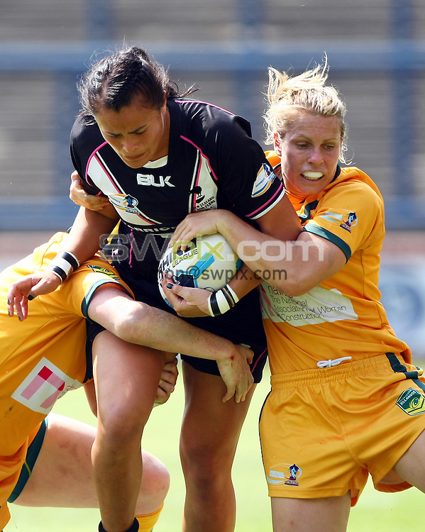 PICTURE BY VAUGHN RIDLEY/SWPIX.COM - Rugby League - Festival of World Cups, Women's Final - Australia Women v New Zealand Women - Headingley, Leeds, England - 14/07/13 - New Zealand's Ellanna Walton.