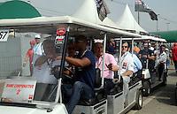 SAO PAULO SP, 05 Maio 2013 - Formula Indy  -   Warm UP para a Itaipava São Paulo Indy 300 Nestlé no autódromo de rua do Anhembi na zona norte de Sao Paulo, neste domingo , 05. na foto ogovernador Geraldo Alckmim   (FOTO: ALAN MORICI / BRAZIL PHOTO PRESS).