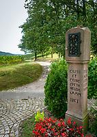 Germany, Baden-Wurttemberg, Northern Black Forest, Sasbachwalden: wine village at Baden Wine Route, hiking trail 'Geniesserpfad' at shrine 'Alde Gott'   Deutschland, Baden-Wuerttemberg, Nordschwarzwald, Sasbachwalden im Ortenaukreis: Weinort an der Badischen Weinstrasse gelegen, auf dem Wanderweg 'Geniesserpfad', Rastplatz am Bildstock 'Alde Gott'